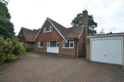 Shirley Church Road, Shirley, Croydon. 4 bedroom detached house for sale