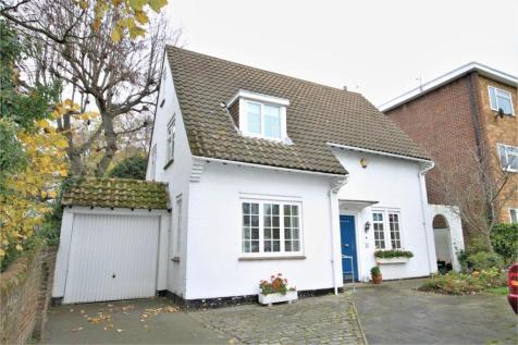 Blakeney Road, Beckenham. 4 bedroom detached house for sale