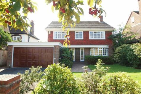 Kelsey Way, Beckenham, Kent. 4 bedroom detached house