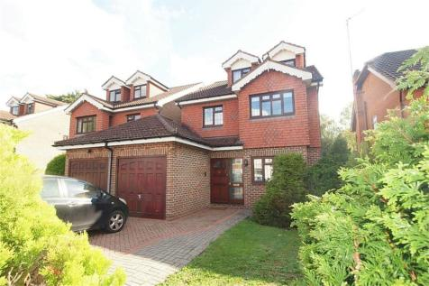 Overbury Avenue, Beckenham, Kent. 5 bedroom link detached house for sale