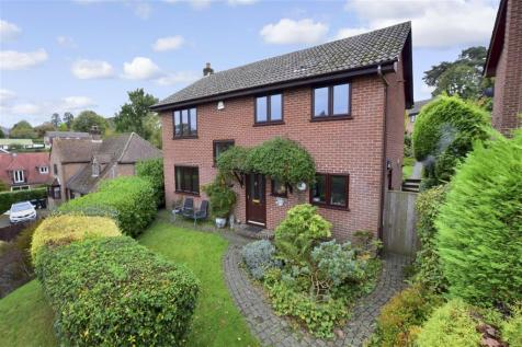Ghyll Road, Crowborough, East Sussex. 4 bedroom detached house for sale