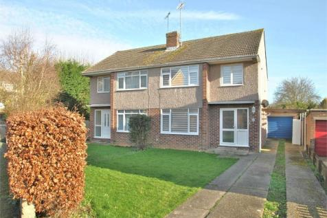Clairmont Close, BRAINTREE, Essex. 3 bedroom semi-detached house