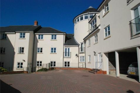 Camelot Mews, Pierrefitte Way, BRAINTREE, Essex. 2 bedroom flat
