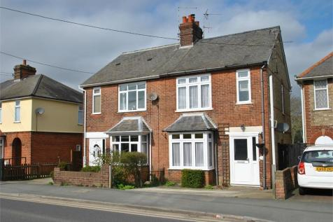 Coggeshall Road, Braintree, Essex. 3 bedroom semi-detached house