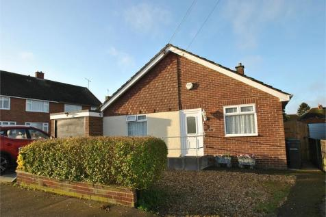 Cornwall Gardens, Braintree, Essex. 3 bedroom detached bungalow