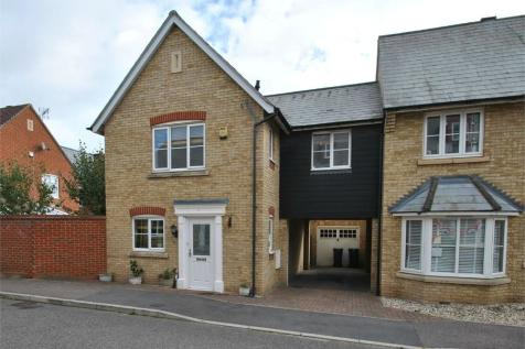16 Worrin Road, Flitch Green, DUNMOW, Essex. 4 bedroom detached house