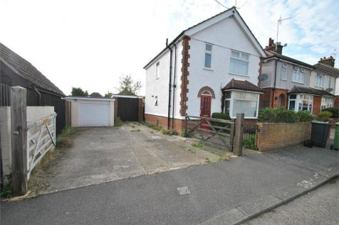 3 Harold Road, BRAINTREE, Essex. 3 bedroom detached house