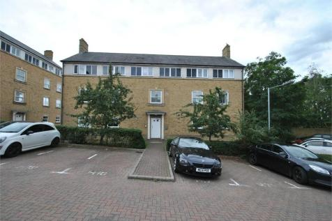 Holden Close, Braintree, Essex. 2 bedroom ground floor flat