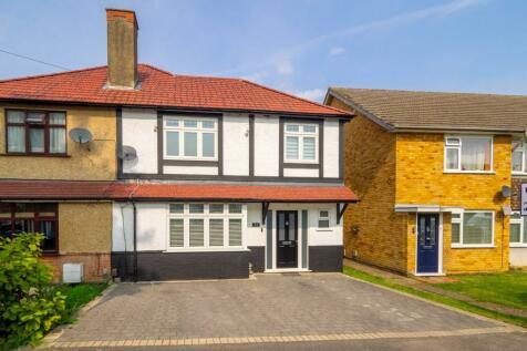 St. Albans Road, Cheam, Sutton, SM1. 4 bedroom semi-detached house