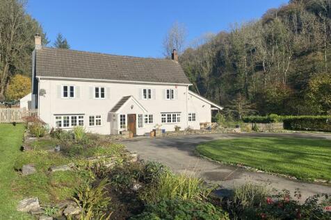 Mounton, Chepstow. 4 bedroom detached house for sale