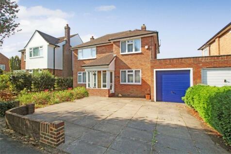 North Uxbridge, Middlesex. 3 bedroom detached house